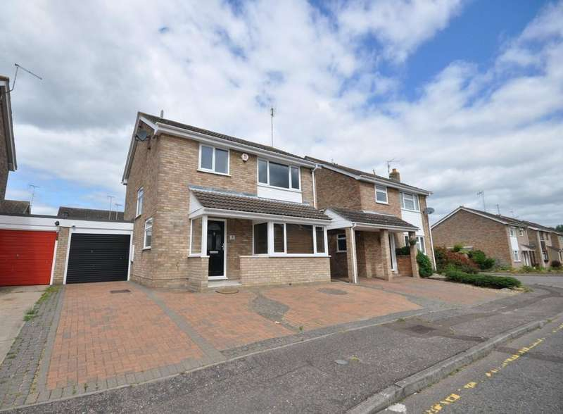 3 Bedrooms Detached House for sale in Bury Close, Colchester, CO1 2YR