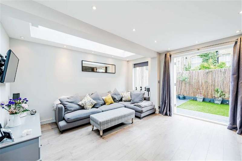 2 Bedrooms Flat for sale in Archel Road, London