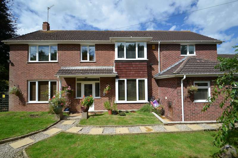 7 Bedrooms Detached House for sale in DAWLISH