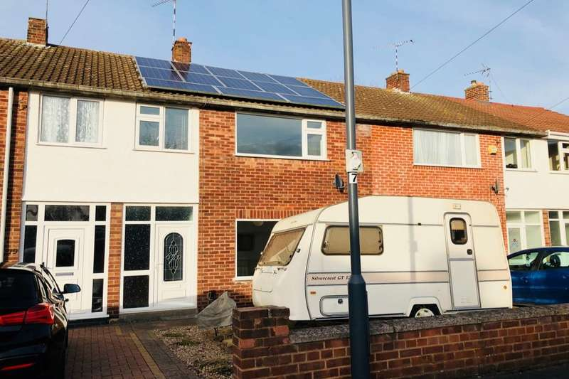 3 Bedrooms Terraced House for sale in Palmer Road, Whitnash, Leamington Spa, CV31