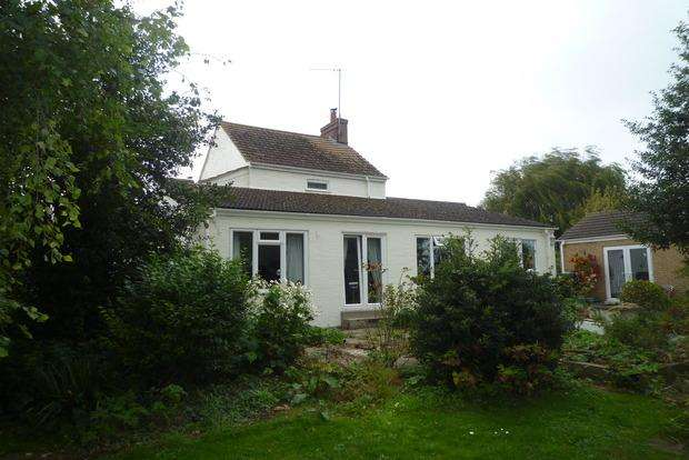 3 Bedrooms Cottage House for sale in High Road, Tilney Cum Islington, King's Lynn, PE34