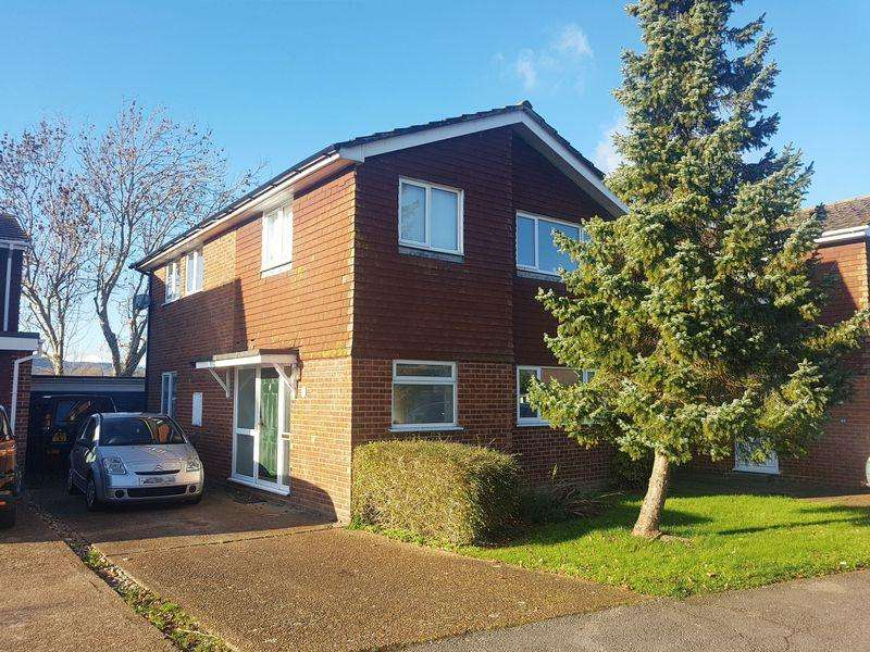 4 Bedrooms Detached House for sale in Saltings Way, Upper Beeding