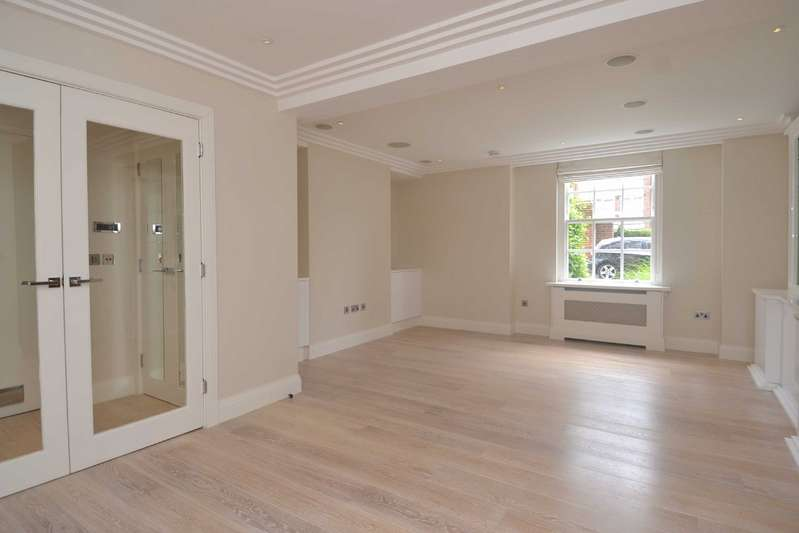 3 Bedrooms Apartment Flat for sale in Manor Apartments, Abbey Road, St John's Wood, London, NW8