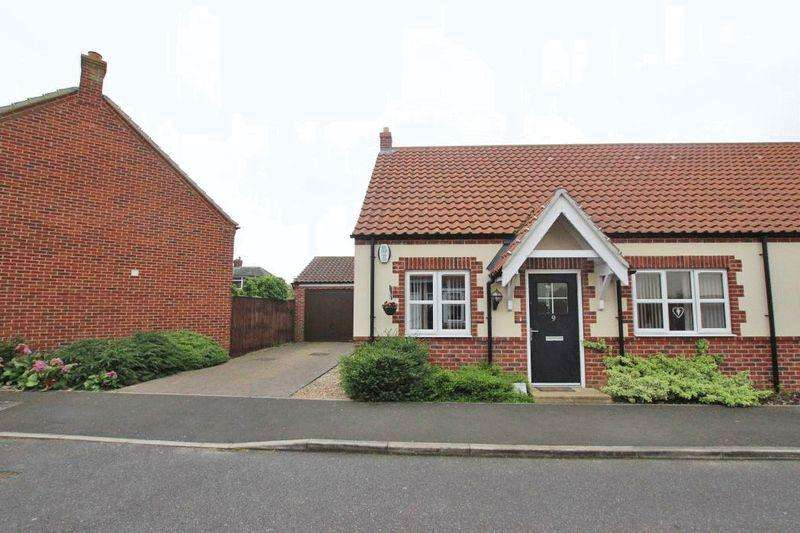 2 Bedrooms Semi Detached Bungalow for sale in MELLOR WAY, NEW WALTHAM