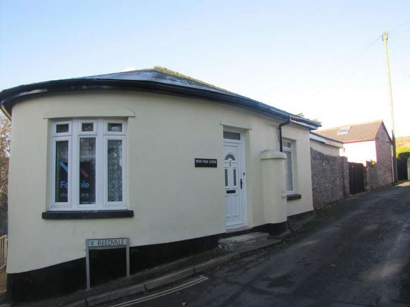 2 Bedrooms Semi Detached Bungalow for sale in Reed Vale, Teignmouth, TQ14 9EH
