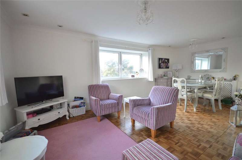 2 Bedrooms Apartment Flat for sale in Redwick House, Celyn Avenue, Lakeside, Cardiff, CF23