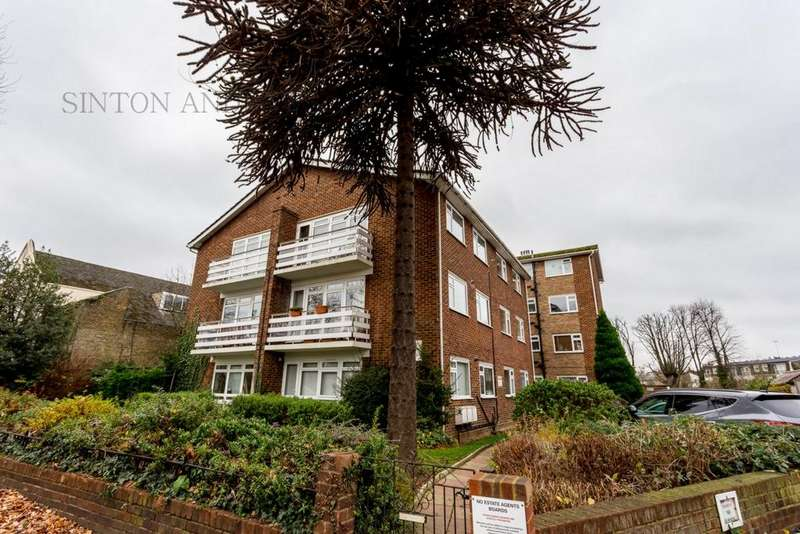 2 Bedrooms Flat for sale in Glenmore Lawns, Argyle Road, Ealing, W13