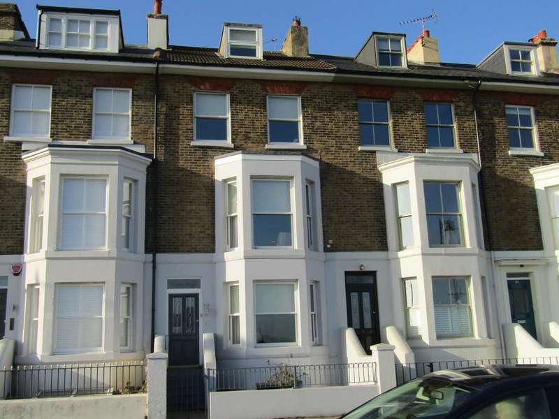 4 Bedrooms Town House for rent in The Strand, Walmer, Deal