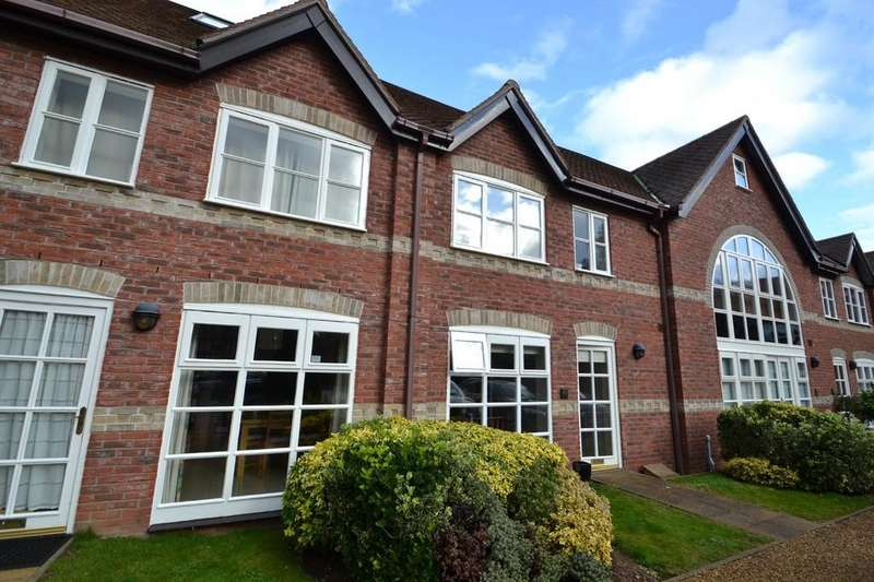 4 Bedrooms Terraced House for sale in Whitlingham Hall, Trowse