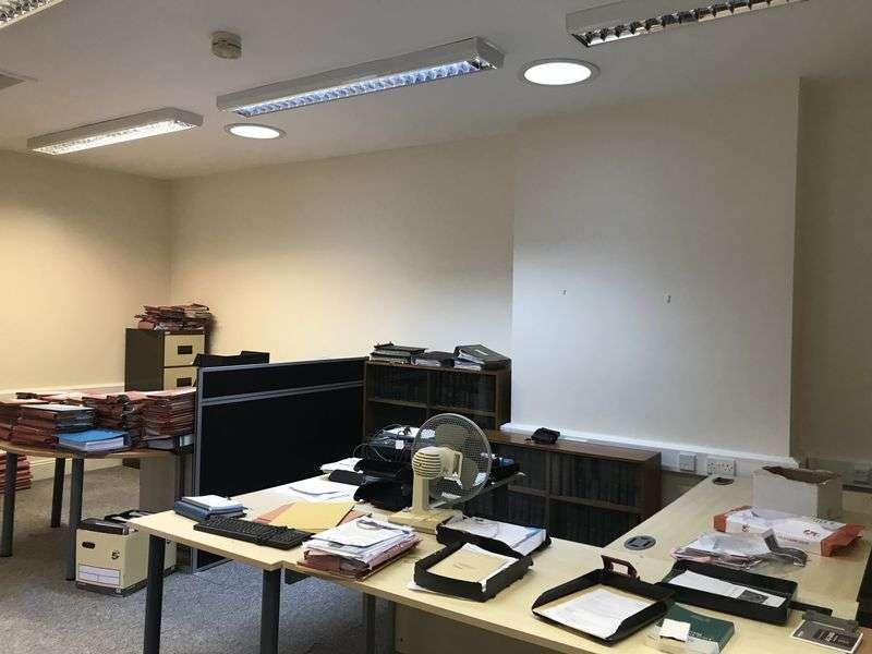 Property for rent in 1st Floor, 75 Eastgate, Cowbridge