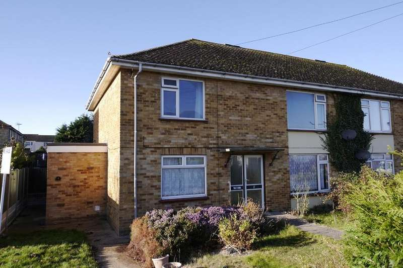 2 Bedrooms Maisonette Flat for sale in Stour Close, Ramsey