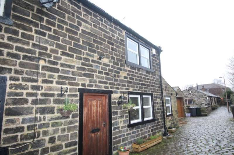 2 Bedrooms Semi Detached House for sale in Brownroyd Hill Road, Bradford, BD6