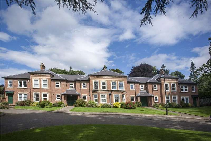 3 Bedrooms Flat for sale in Garden Court, The Woodlands, Darlington, County Durham, DL3
