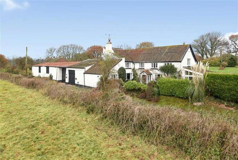 4 Bedrooms Detached House for sale in Upton Pyne, Exeter, Devon, EX5