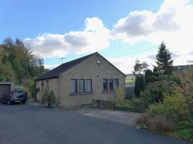 2 Bedrooms Detached Bungalow for sale in Stile Moor Rise Todmorden
