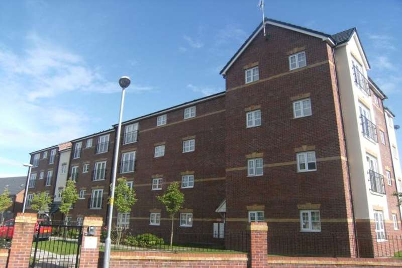2 Bedrooms Flat for sale in Larch Gardens, Manchester, M8