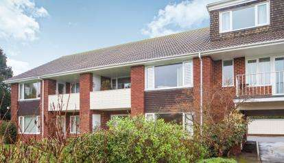 2 Bedrooms Flat for sale in Raleigh Road, Budleigh Salterton, Devon