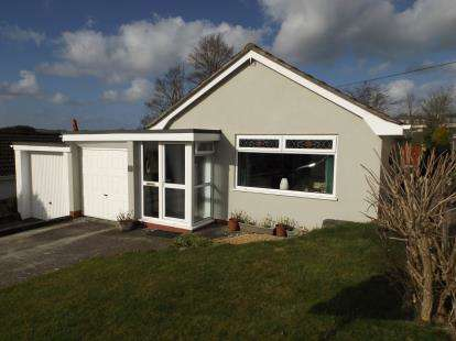 3 Bedrooms Bungalow for sale in Tywardreath, Cornwall