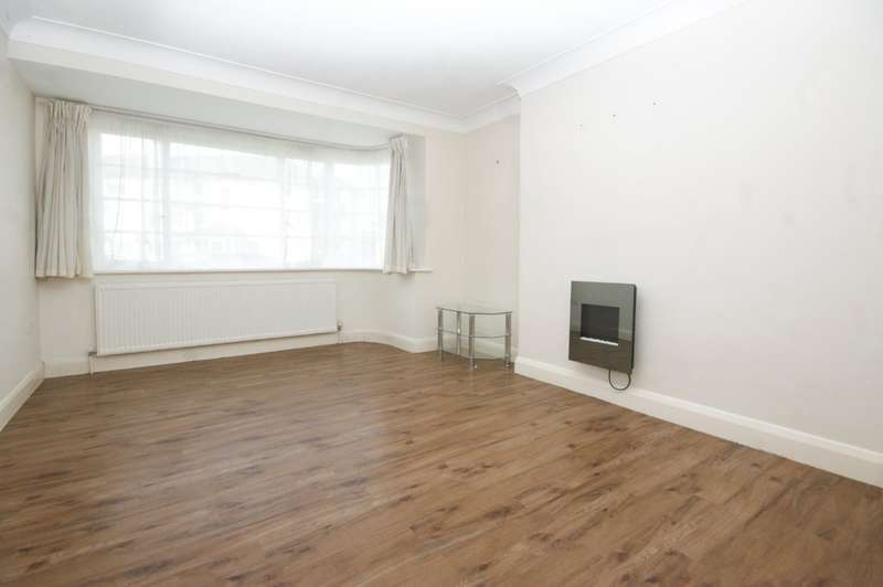 3 Bedrooms Ground Flat for sale in Capel Gardens, Pinner