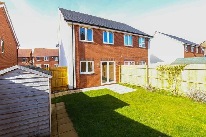 3 Bedrooms Semi Detached House for sale in Henrys Run, Cranbrook