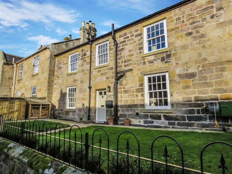 2 Bedrooms Terraced House for sale in Harbottle, Nothumberland