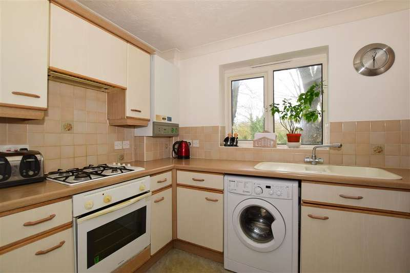 2 Bedrooms Flat for sale in Sevenoaks Close, , Sutton, Surrey