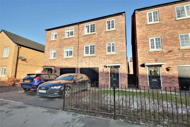 4 Bedrooms Semi Detached House for sale in Dove Road, Mexborough