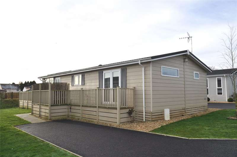 2 Bedrooms Detached Bungalow for sale in Louis Way, Dunkeswell, Devon, EX14