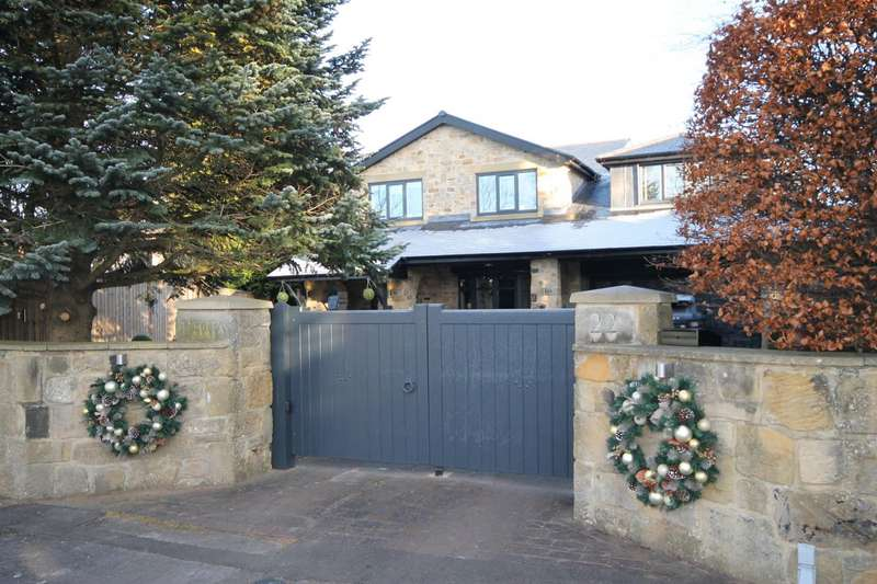 5 Bedrooms Detached House for sale in Richmond Way, Darras Hall, Ponteland