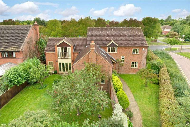 5 Bedrooms Detached House for sale in Landsborough Gate, Willen, Milton Keynes, Buckinghamshire