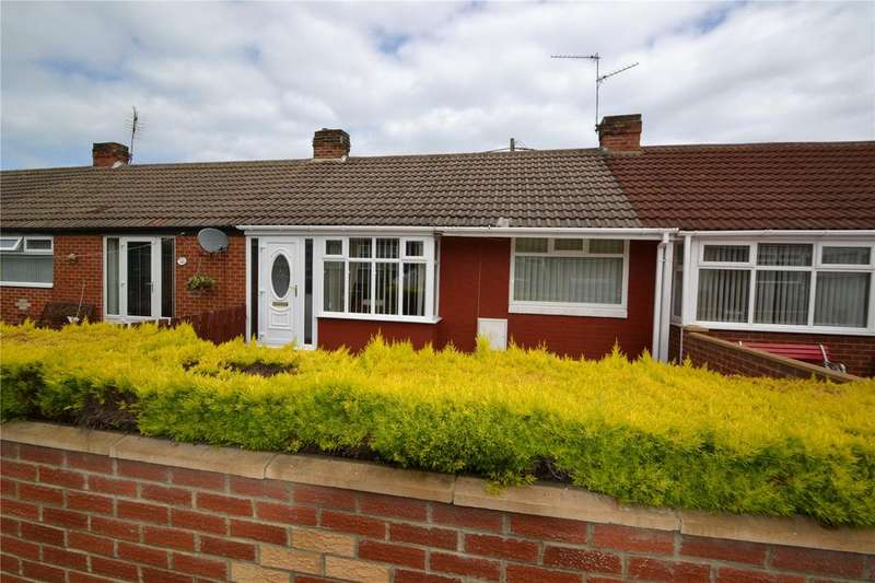 2 Bedrooms Terraced Bungalow for sale in Elizabeth Street, Blackhall Rocks, Hartlepool, TS27