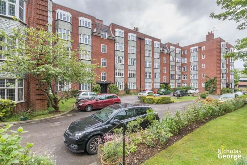 3 Bedrooms Flat for rent in Calthorpe Mansions, Edgbaston, B15 1QS