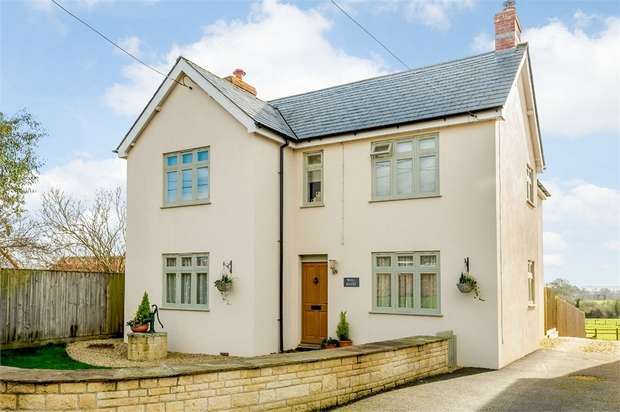 4 Bedrooms Detached House for sale in New Street, Marnhull, Sturminster Newton, Dorset