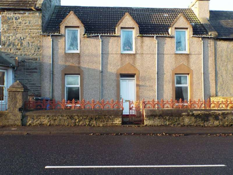 3 Bedrooms Terraced House for sale in 35 East Banks, Wick