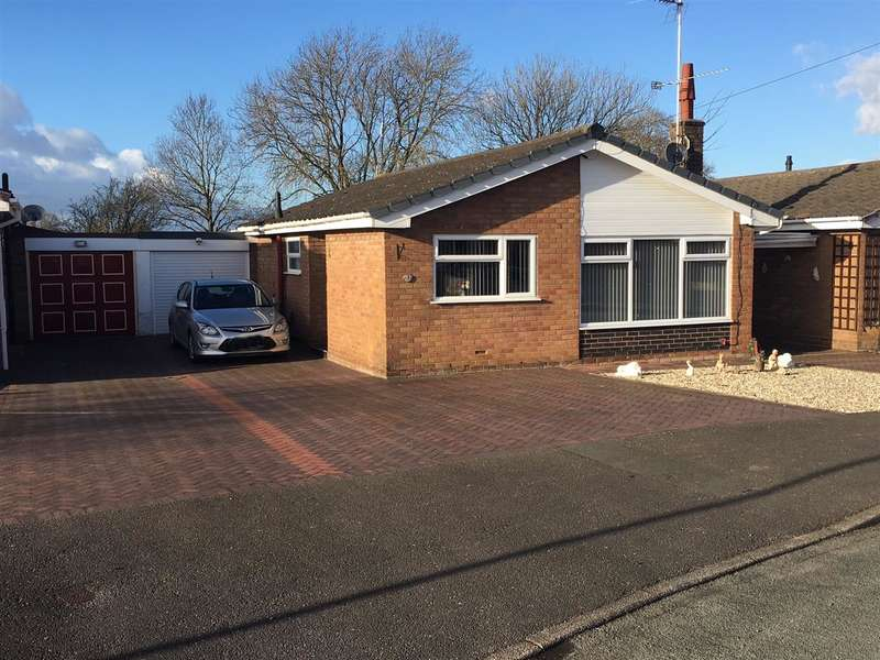 2 Bedrooms Detached Bungalow for sale in St Matthews Drive, Stafford