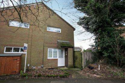 1 Bedroom Terraced House for sale in Cumbria Close, Houghton Regis, Dunstable, Bedfordshrie