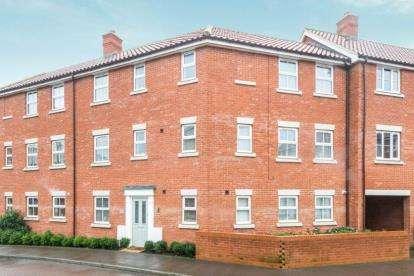 4 Bedrooms Terraced House for sale in Wymondham, Norwich, Norfolk