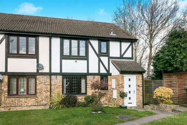 1 Bedroom Flat for sale in Yateley, Hampshire, 47 Morley Close