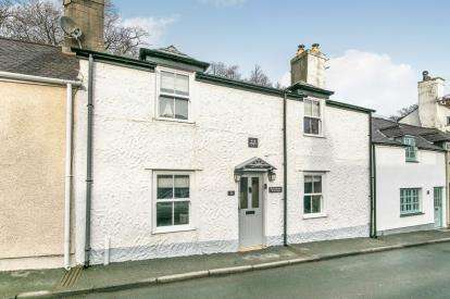 3 Bedrooms Terraced House for sale in Wexham Street, Beaumaris, Anglesey, North Wales, LL58