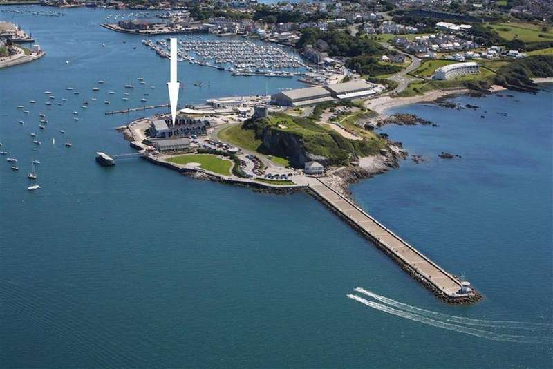 4 Bedrooms Semi Detached House for sale in Spinnaker Quay, Plymouth, PL9