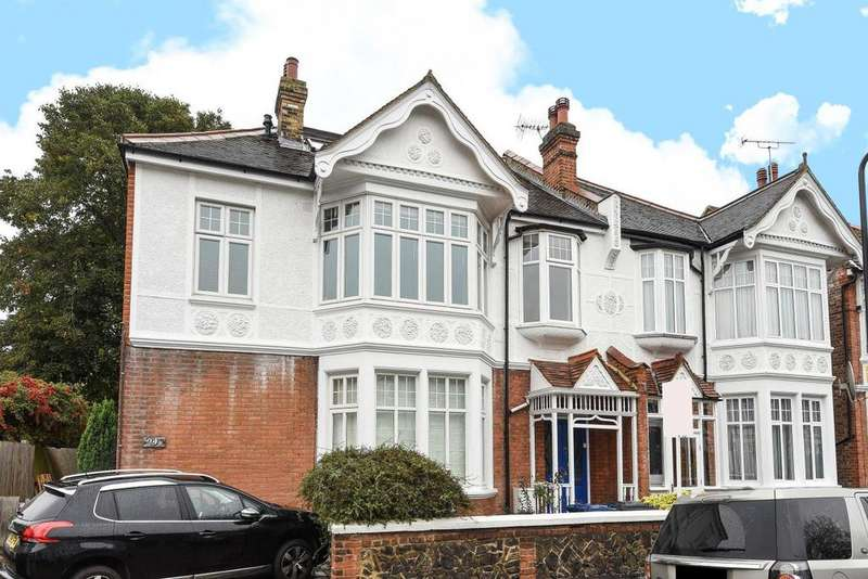 3 Bedrooms Flat for sale in Byron Road, Ealing