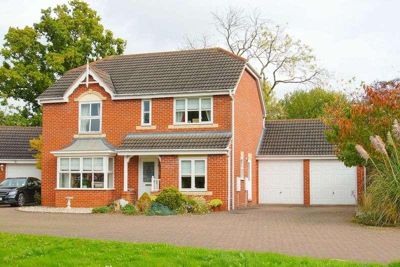 4 Bedrooms Property for sale in Penshurst Road Oakalls, Bromsgrove