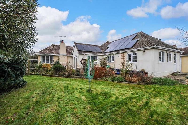 3 Bedrooms Detached Bungalow for sale in London Road, Fontwell