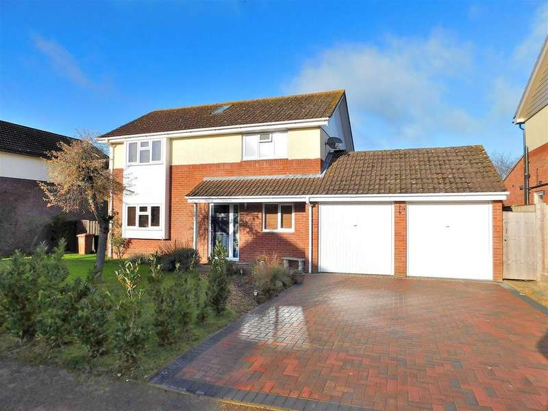 4 Bedrooms Detached House for sale in Ullswater Avenue, South Wootton, King's Lynn