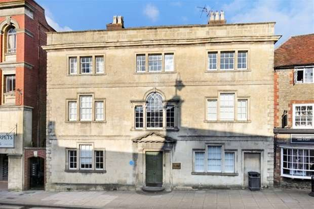3 Bedrooms House for sale in High Street