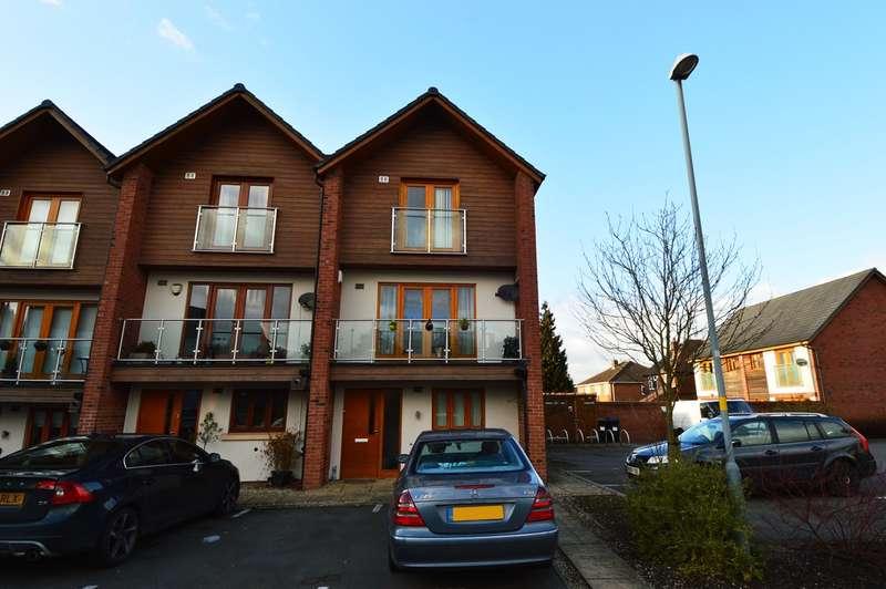 3 Bedrooms Town House for rent in Grange Walk, Northfield, Birmingham, B31