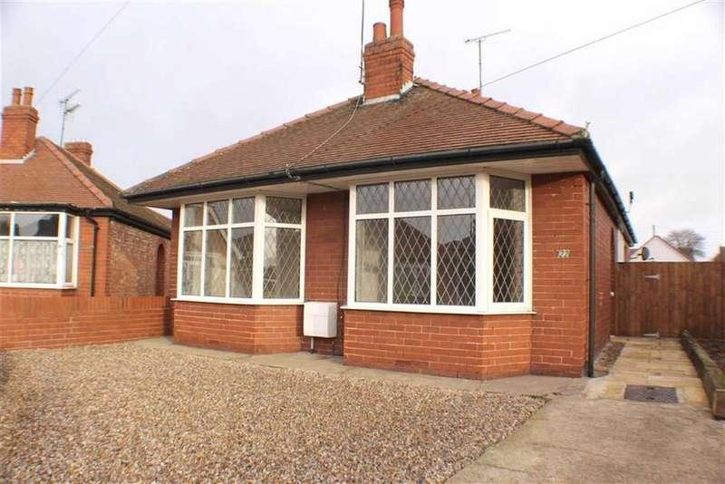 2 Bedrooms Detached Bungalow for sale in St Christopher Road, Bridlington, East Yorkshire