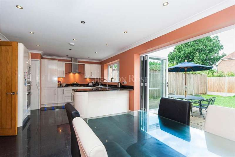 4 Bedrooms Detached House for sale in Denham, Buckinghamshire