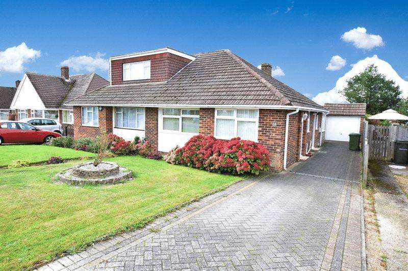 3 Bedrooms Bungalow for sale in Bramley Crescent, Maidstone