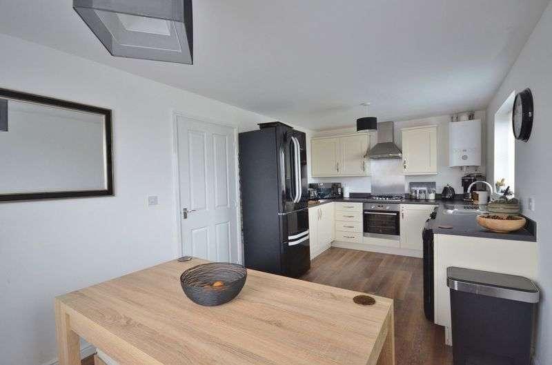 3 Bedrooms Property for sale in Whinlatter Gardens, Workington
